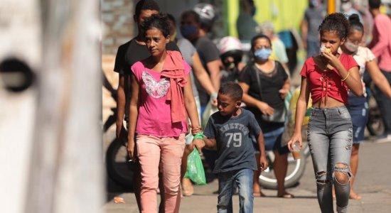 Com fiscalização reforçada, movimentação de pessoas continua em São Lourenço da Mata