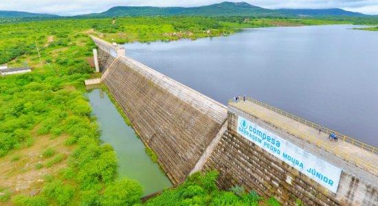 Barragem Pedro Moura Júnior