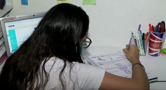 Após adiamento do Enem por conta do coronavírus, alunos ficam apreensivos porque não há nova data