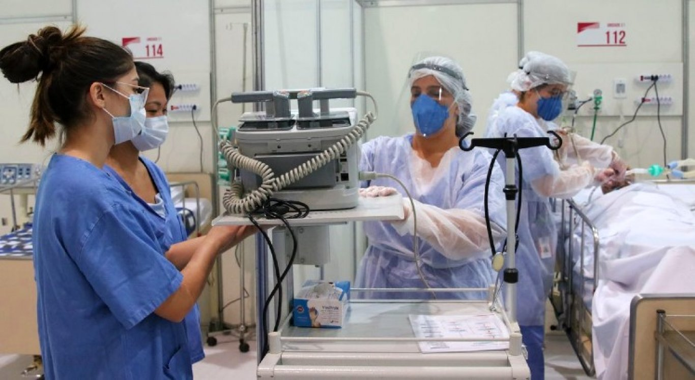 Médicos e outros profissionais de saúde serão contratados temporariamente pelo governo federal no combate ao coronavírus