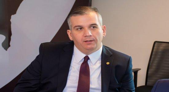 Após manifesto de juízes, presidente da OAB-PE diz que racismo deve ser debatido em todos lugares