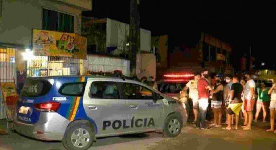 Jovem sai para conversar com parentes e é morto com cerca de 10 tiros em Olinda
