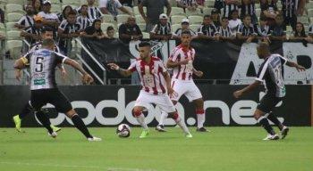 Thiago foi o autor do segundo gol da vitória do Náutico