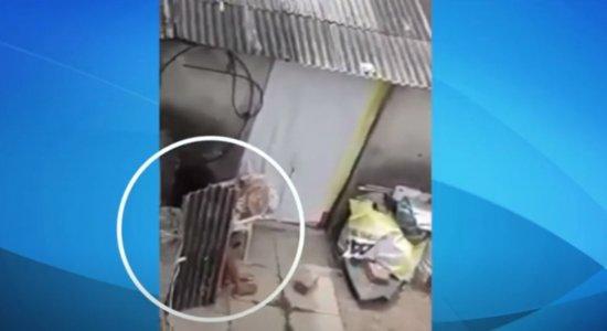 Mulher com problemas mentais é vítima de maus-tratos em Olinda; suspeita se defende da acusação