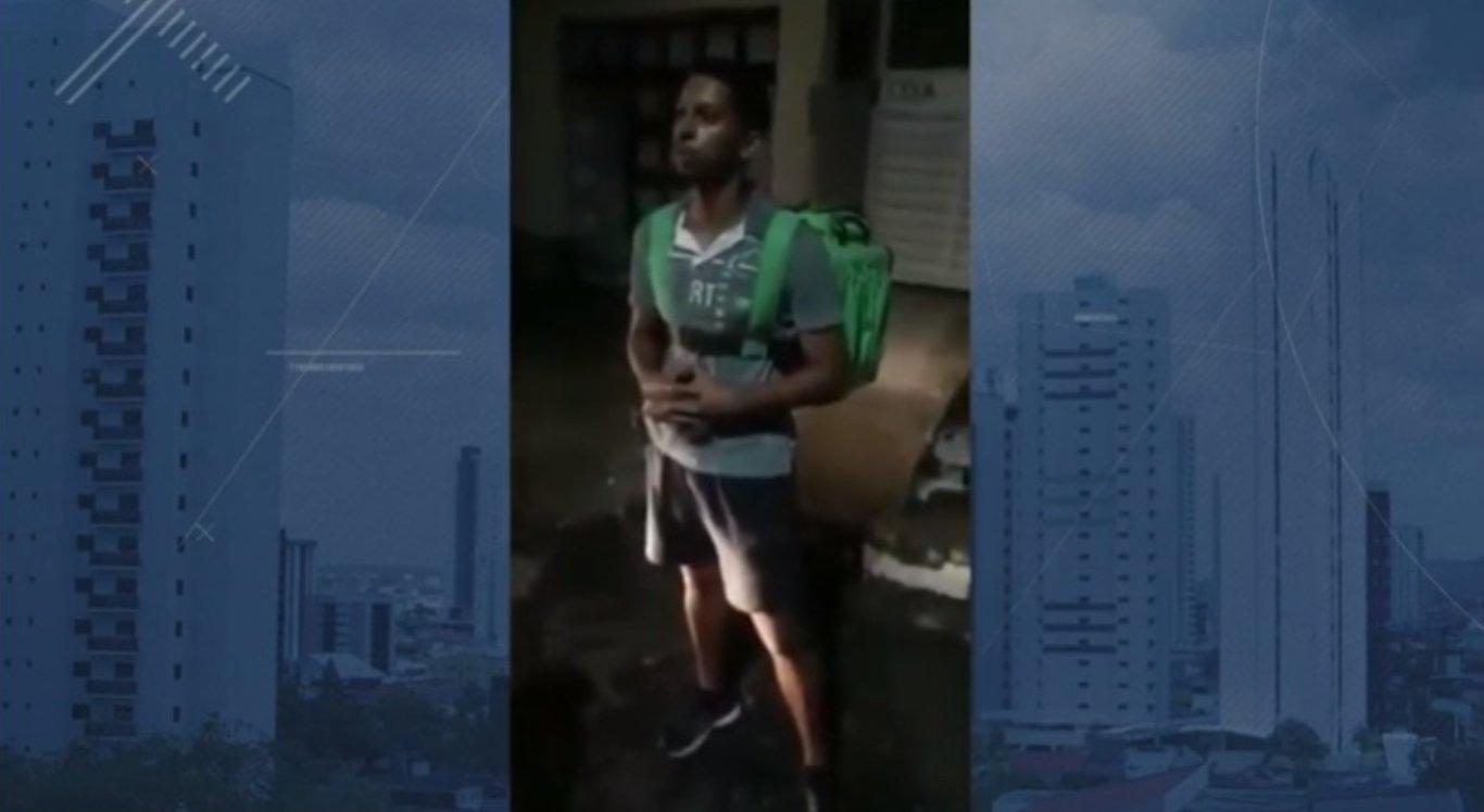 José Anderson foi abordado por policiais