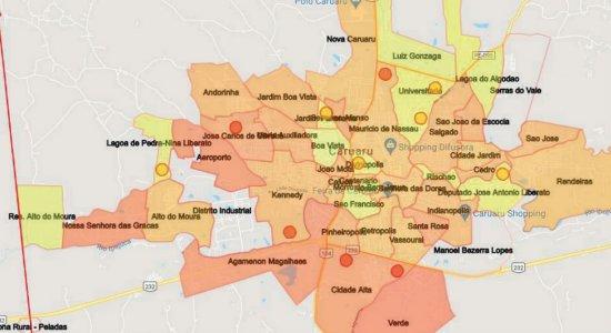 As áreas em vermelho indicam os bairros em que o índice de isolamento foi mais baixo
