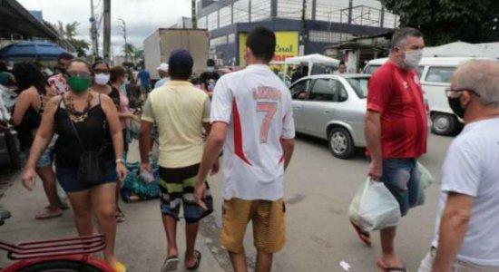 TV Jornal registra aglomeração, pessoas sem máscara e reclamações de comerciantes em Jaboatão
