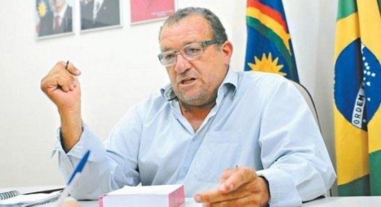 O ex-prefeito de Custódia e Secretário de Agricultura, Neemias Gonçalves morreu na manhã dessa quarta