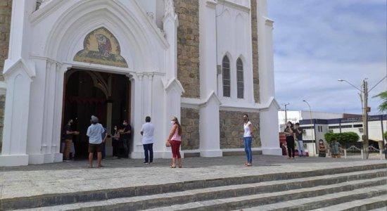 Petrolina inicia retomada de missas e cultos religiosos