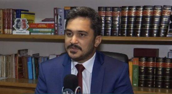 Caso Miguel: Advogado de Sarí vai à delegacia no Recife para acompanhar inquérito