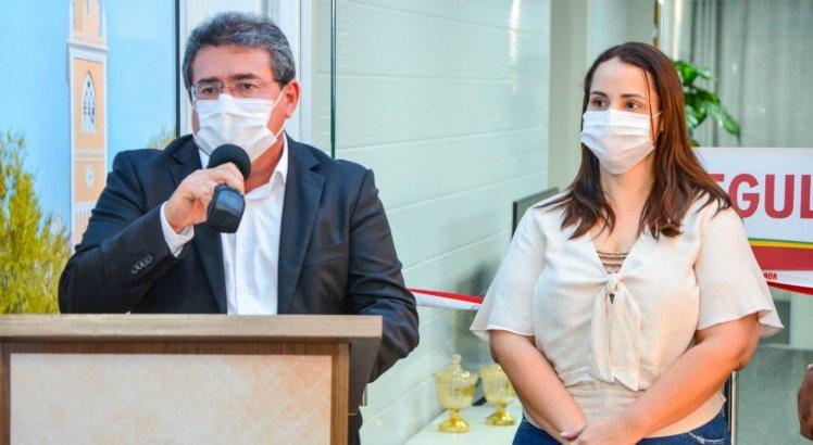 Prefeito Luciano Duque apresentou nova secretária de Saúde