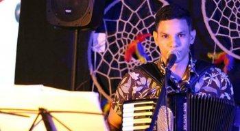 O sanfoneiro Yago Machado compôs a música