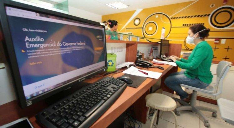 Auxílio emergencial de R$ 600 encerra última parcela; veja pagamentos que começam e acabam hoje