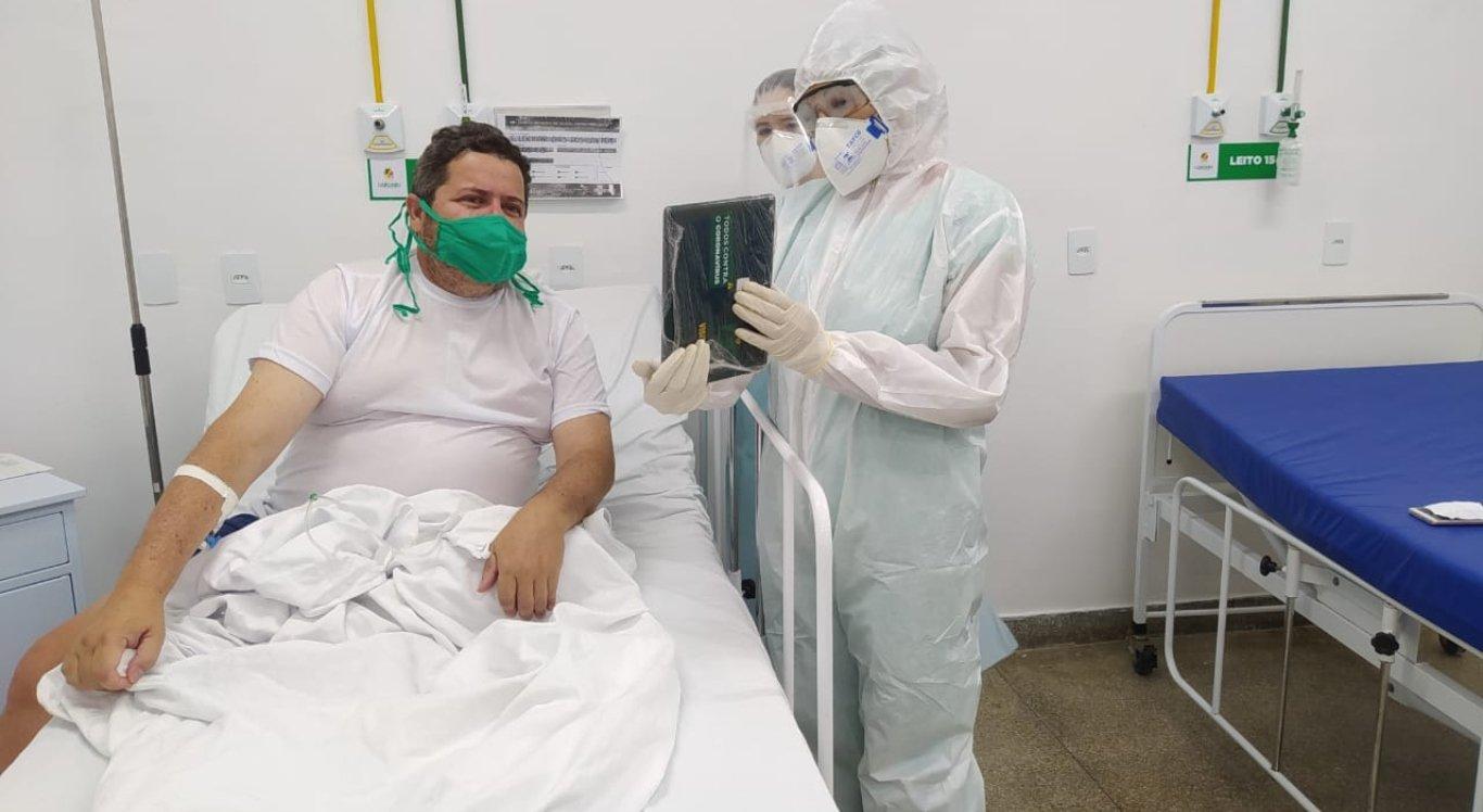 Prefeitura de Caruaru possibilita visita virtual para pacientes com Covid-19