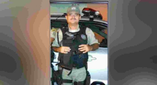 Sargento da PM é morto a tiros em frente a supermercado na Zona Norte