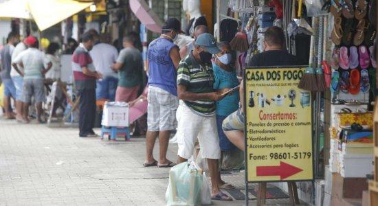 Coronavírus: Mais de 50% das pessoas nas favelas não consegue se prevenir