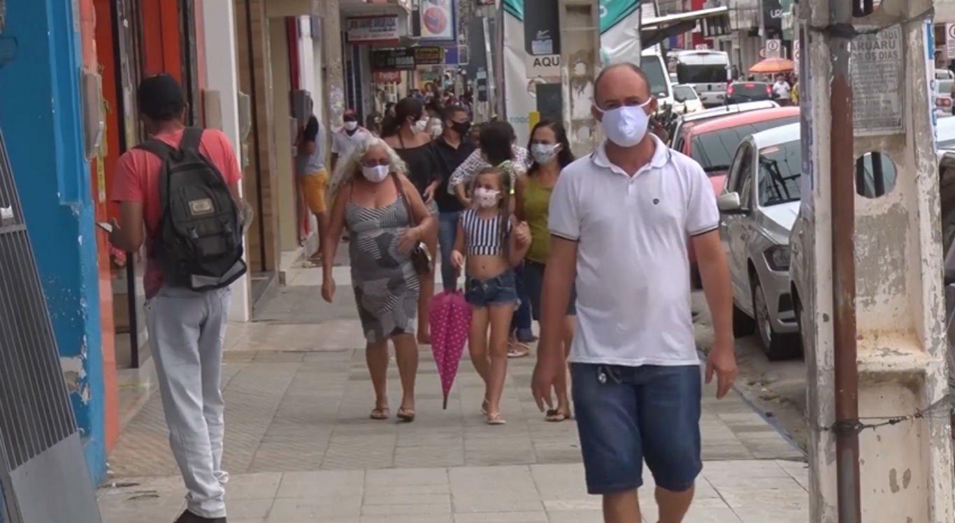 Em Serra Talhada, no Sertão, população também saiu de máscara