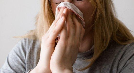 É gripe, dengue ou covid-19? Veja sintomas e diferenças das doenças e saiba onde receber atendimento em cada uma delas