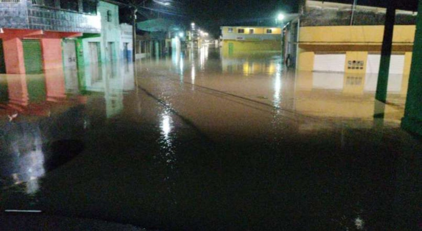 A água voltou a subir em Barra de Guabiraba