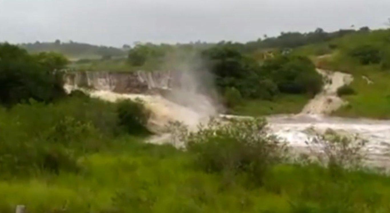 Barragem de Sairé se rompeu nessa segunda-feira