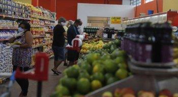 Medidas de restrição foram flexibilizadas nos supermercados do Recife
