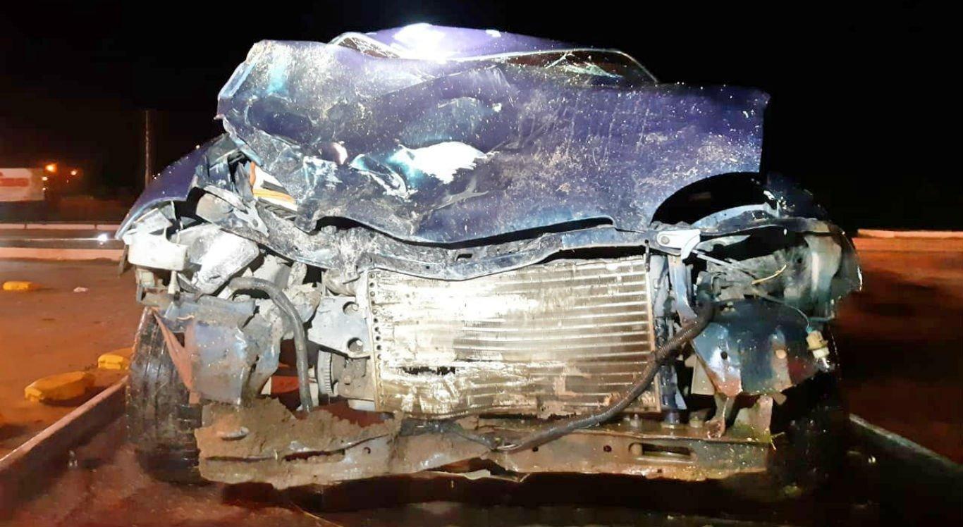 Carro colidiu com motocicleta em Cachoeirinha