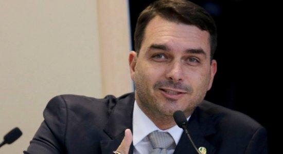 Advogado Wassef deixa defesa do senador Flávio Bolsonaro