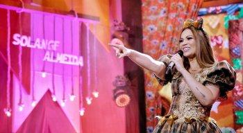 Solange Almeida se apresenta em live da TV Jornal