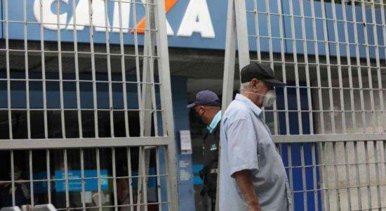 Saiba quais agências da Caixa abrem para saque do auxílio de R$ 600 no dia de São João em Pernambuco