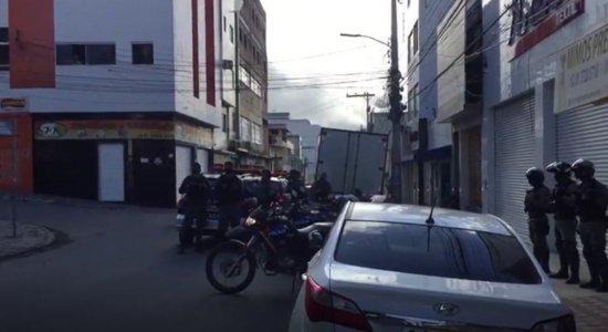 Policiais realizam fiscalização em pontos de Caruaru