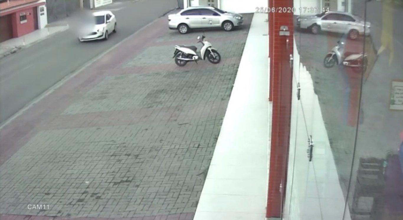 Vídeo mostra o momento do acidente