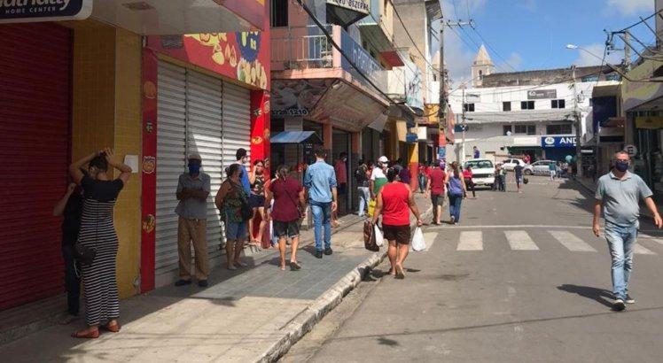 Movimento continua grande em Bezerros