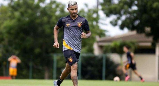 Após dois jogos ausentes, Marquinhos comemora retorno ao Sport