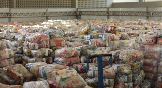 Prefeitura do Recife realiza nova entrega de cestas básicas; veja se você tem direito