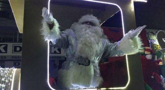 Magia do Natal encanta o público neste sábado