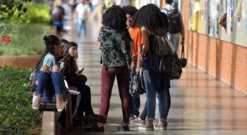 De acordo com protocolo, deve-se considerar manter o trabalho e o ensino a distância para servidores e estudantes que fazem parte do grupo de risco para o novo coronavírus