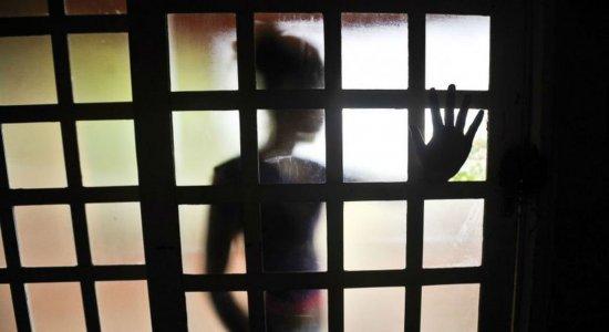 Alguns pais e responsáveis aplicam castigos físicos nas crianças