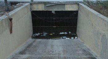 O prédio abandonado fica localizado em Bairro Novo