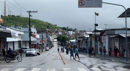 Feira da Sulanca tem fiscalização reforçada após quarentena em Caruaru
