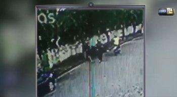 Rapaz chutou o assaltante no rosto e conseguiu fugir