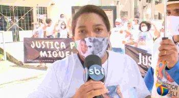 Mirtes Souza, mãe do garoto Miguel, durante entrevista à TV Jornal