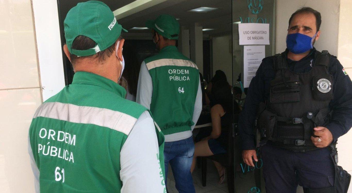 Prefeitura de Caruaru realiza ações educativas direcionadas à população e lojistas