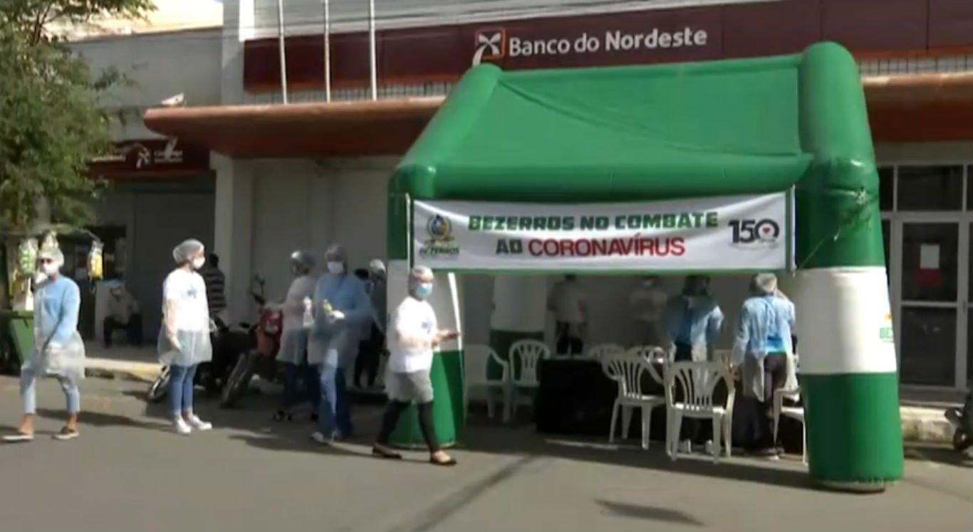 Barreiras sanitárias instaladas nas ruas de Bezerros
