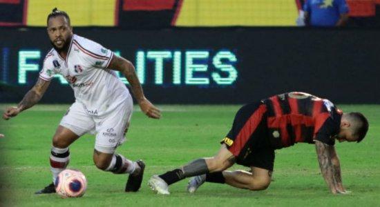 Pipico marca dois e Santa Cruz vence o Sport na Ilha do Retiro