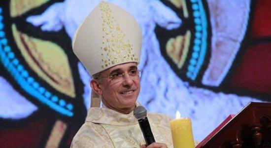 Bispo de Palmares, Dom Henrique Soares da Costa, morre aos 57 anos, vítima do coronavírus