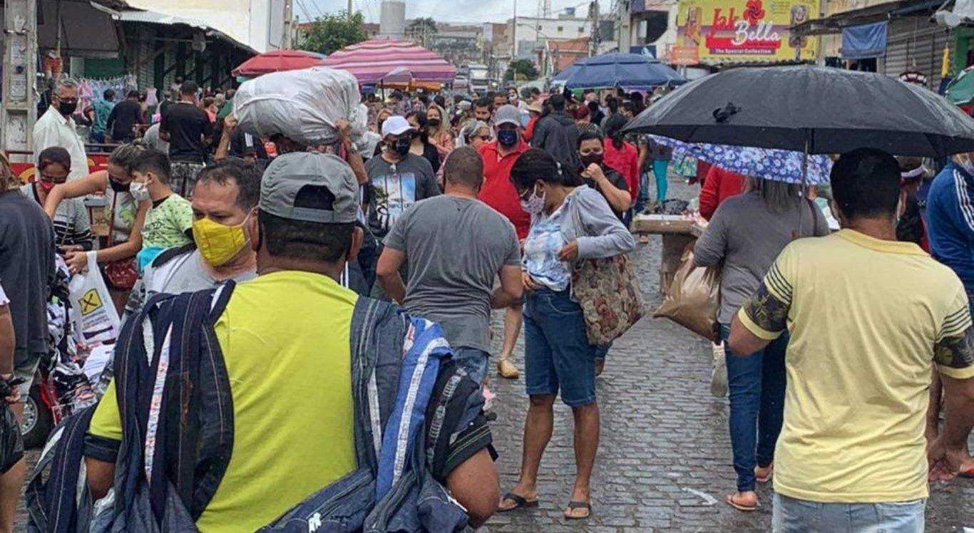 Grande movimentação na feira da Sulanca