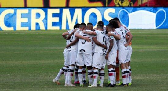 Com problemas na logística, Santa Cruz realiza testes da covid-19 após classificação na Copa do Nordeste