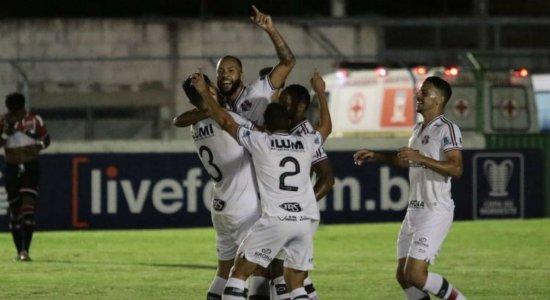 Santa Cruz vence River-PI e avança na Copa do Nordeste; ouça o gol da partida