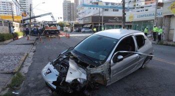 O veículo ficou bastante danificado