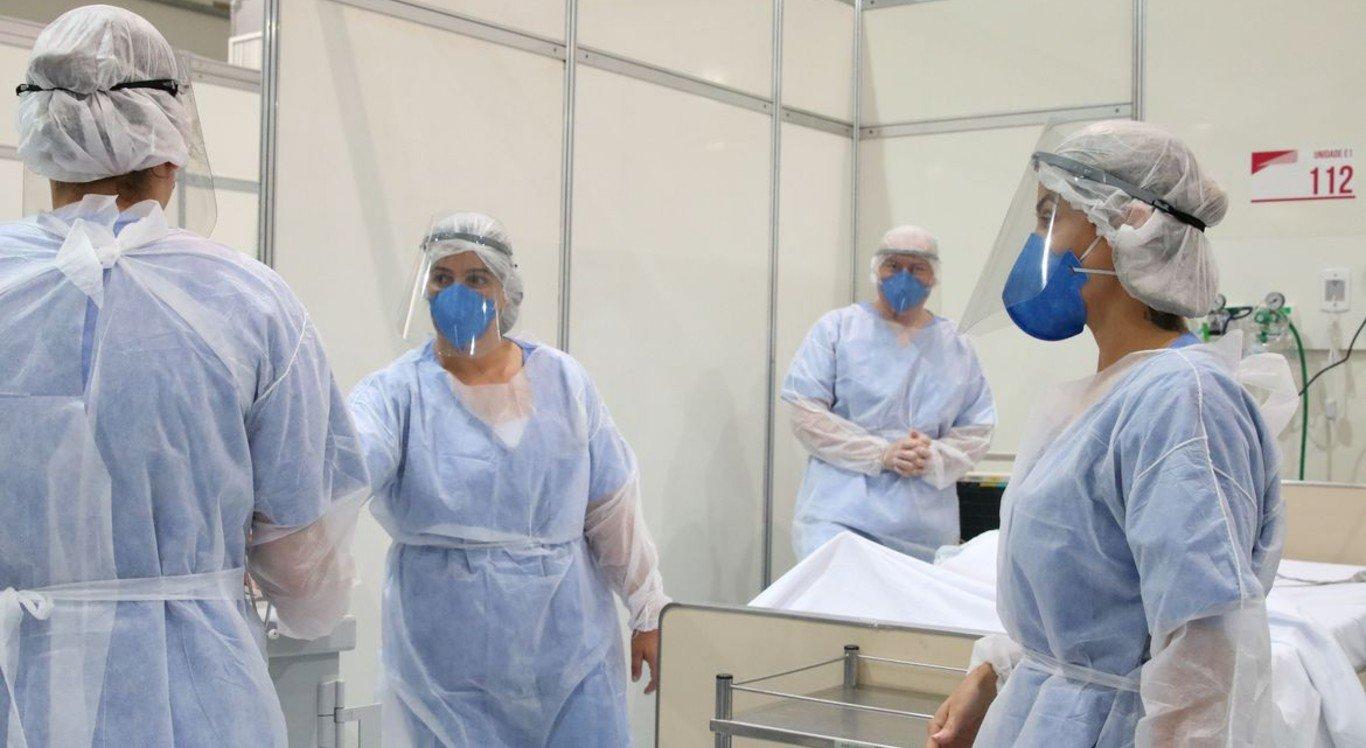 Tecido deve servir principalmente para a fabricação de peças de roupas hospitalares é capaz de eliminar 99,9% do novo coronavírus em cerca de dois minutos